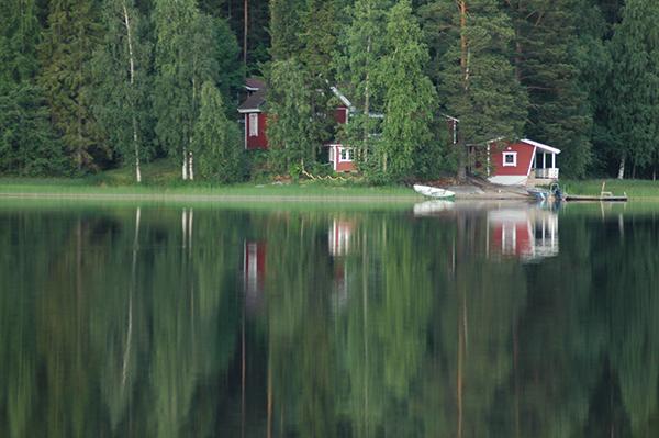 Kesämokki フィンランドの森から